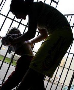femme_prison1